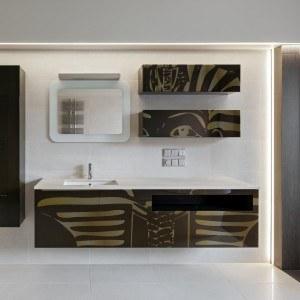 panel szklany do łazienki